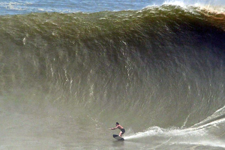 Biggest wave skimboard